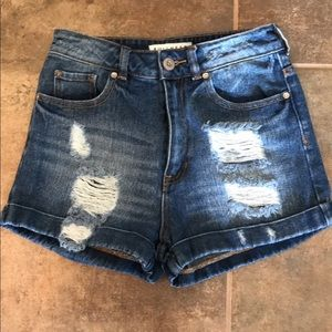 Bullhead high waisted shorts